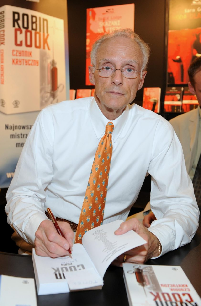 Robin Cook (2008)